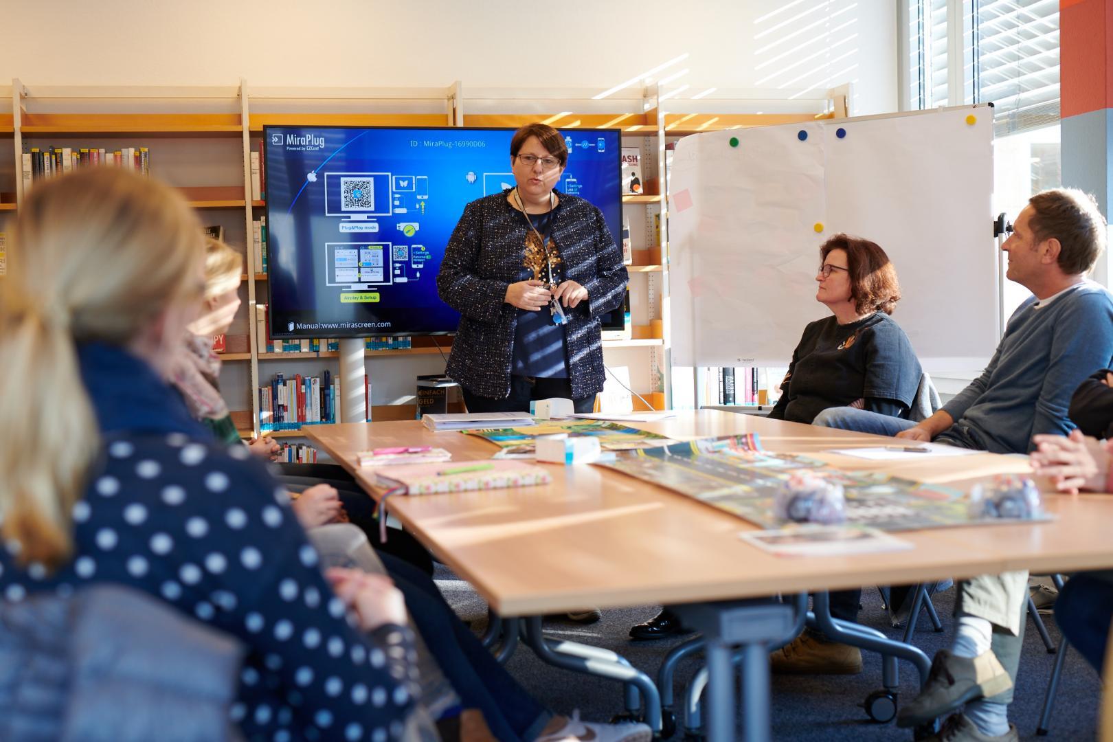 Präsentation in einer Bibliothek